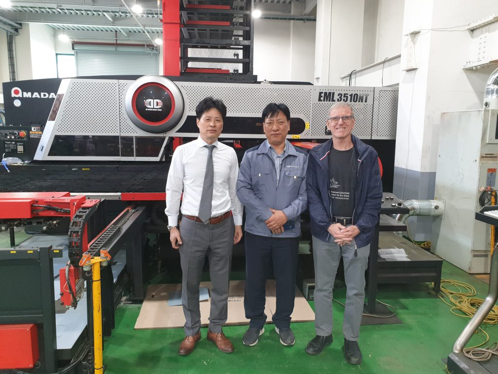 Changjoo (Metalix distributor in Korea), Mr. Kyung (CEO of DSGE), and Rami (Metalix)